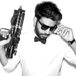 rahul kohli with gun